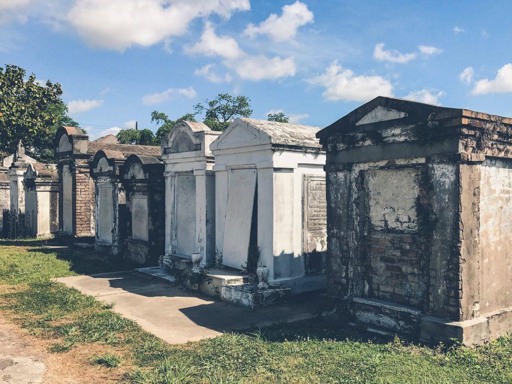 new-orleans-la-fayette-cemetery